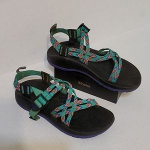 Chaco sandals women's shoes size 5